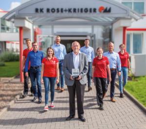 """Innovations-Champion: RK Rose+Krieger beeindruckt unter den TOP 100 Innovatoren mit mehr als 200 Mitarbeitern in Deutschland besonders in den Kategorien """"Außenorientierung/Open Innovation"""" und """"Innovationsklima"""". Quelle: RK Rose+Krieger"""