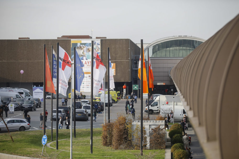 MEDICA 2021 + COMPAMED 2021: Medizintechnikanbieter und ihre Zulieferer zeigen reges Interesse und wollen vor Ort Flagge zeigen